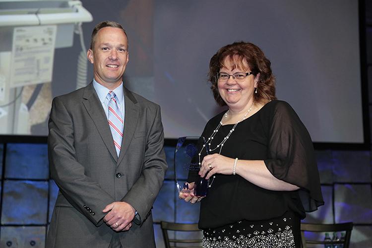 Deb Carlson Receives Iowa Hospital Association Hospital Hero Award